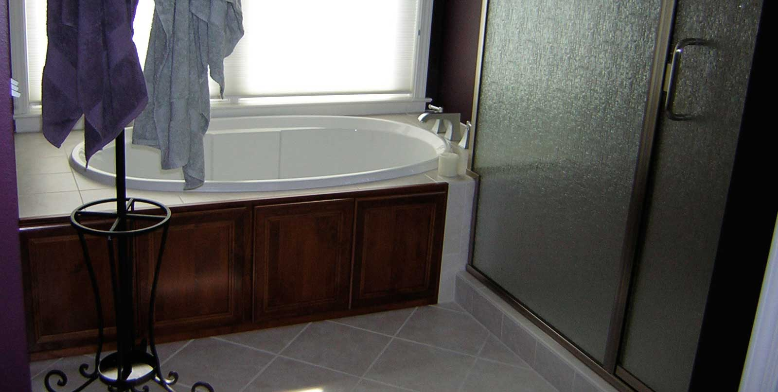 Covenant Construction Group - Bathroom Remodel, Ceramic Tub with Wood Panelling - Saline, MI