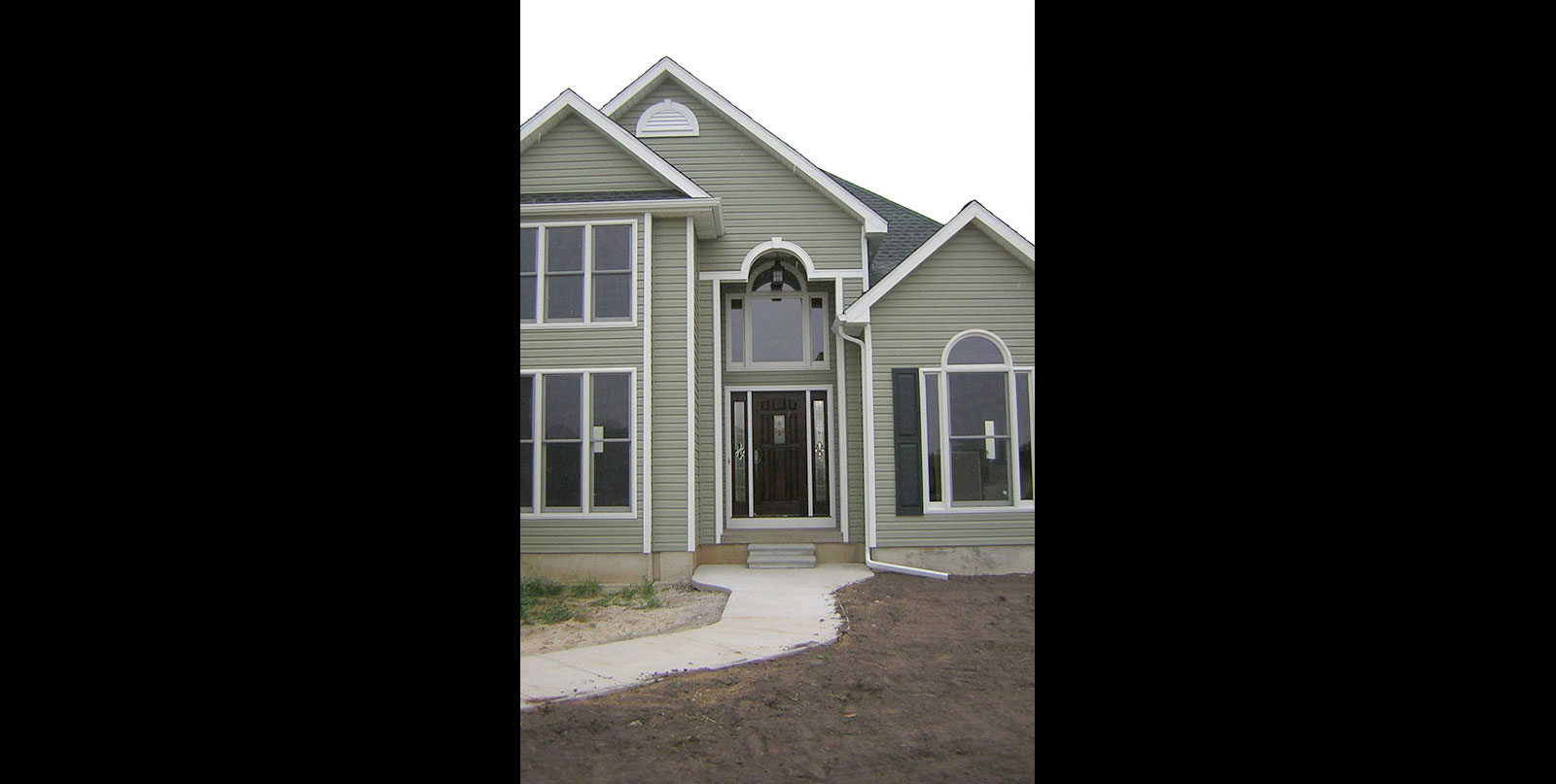 Covenant Construction Group - New Home Construction Front Entry View - Saline, MI
