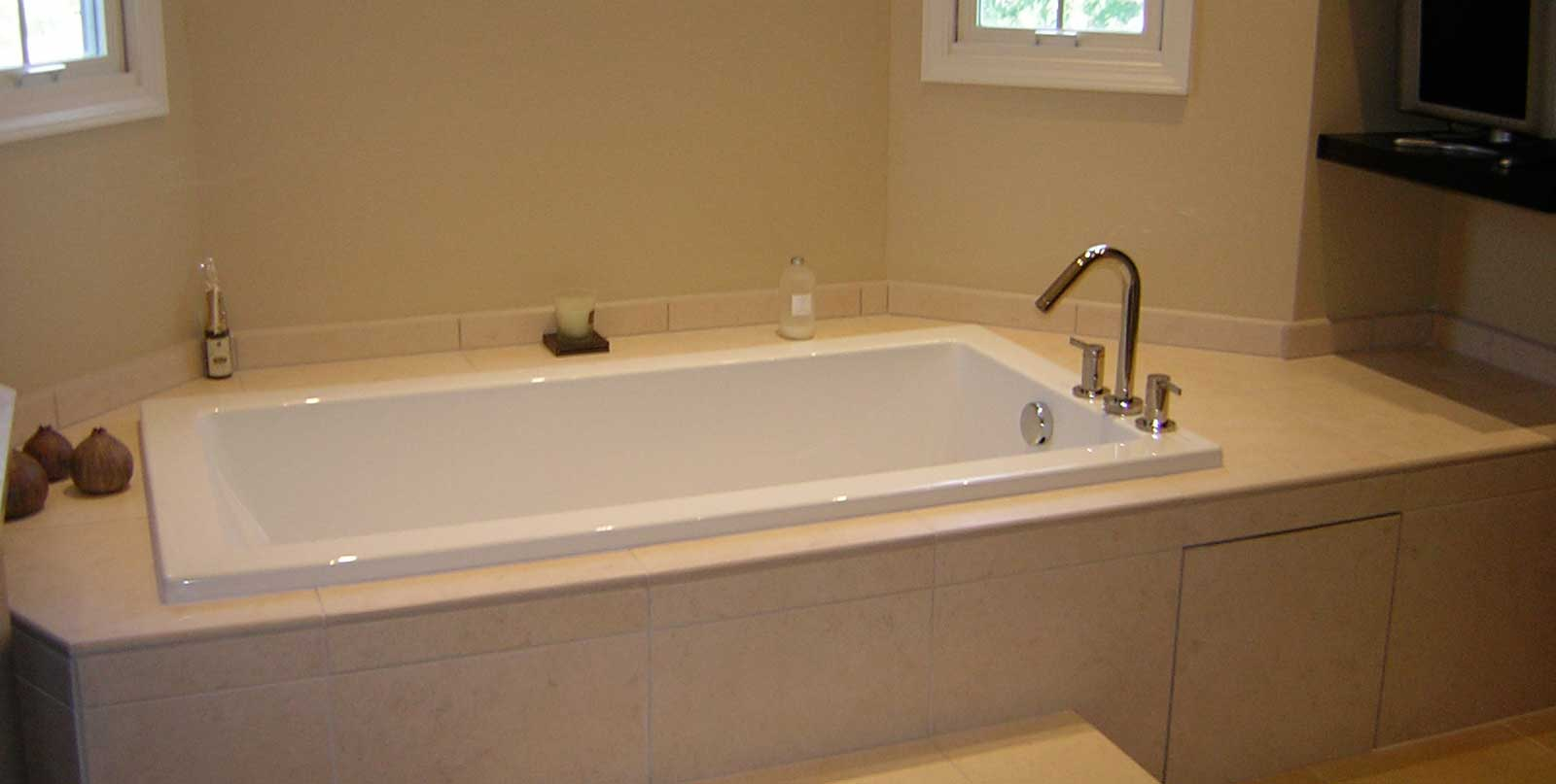 Mi Covenant Construction Group Bathroom Remodel Deep Tub With Custom Tile Ann Arbor